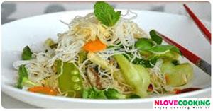 ขนมจีนสลัดผัด อาหารเวียดนาม เมนูเส้น เมนูผัก
