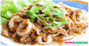 ปลาหมึกทอดกระเทียมพริกไทย อาหารไทย เมนูปลาหมึก