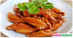 ปีกไก่ทอดน้ำแดง อาหารจีน เมนูไก่ เมนูทอด