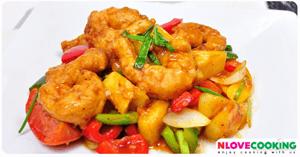 ผัดเปรี้ยวหวานไก่ทอด อาหารไทย เมนูผัด เมนูไก่