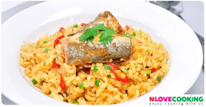 ข้าวผัดปลากระป๋อง อาหารไทย เมนูผัด อาหารจานเดียว