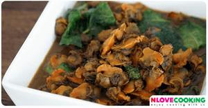 ผัดพริกแกงหอยแครงใบยี่หร่า อาหารไทย อาหารใต้ เมนูหอย