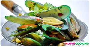 หอยแมลงภู่อบสมุนไพร อาหารไทย เมนูหอย อบสมุนไพร