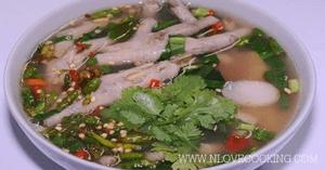 ซุปตีนไก่ ซุปเปอร์ตีนไก่ ต้มยำตีนไก่ อาหารไทย