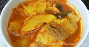 แกงส้มหน่อไม้ดอง อาหารไทย เมนูปลา