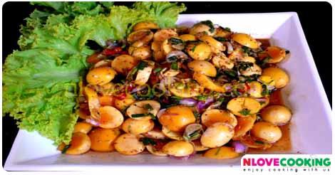 ลาบพวงไข่ไก่ อาหารไทย เมนูลาบ เมนูไก่