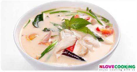 ต้มข่าไก่ อาหารไทย วิธีทำต้มข่าไก่ เมนูไก่