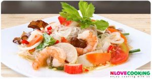 ยำวุ้นเส้น วิธีทำยำวุ้นเส้น สูตรยำวุ้นเส้น อาหารไทย