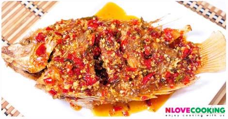 ปลาทับทิมทอดราดพริก ปลาราดพริก อาหารไทย เมนูปลา