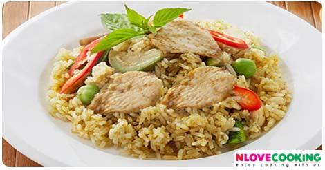 ข้าวผัดแกงเขียวหวาน สูตรข้าวผัดแกงเขียวหวาน วิธีทำข้าวผัดแกงเขียวหวาน อาหารไทย