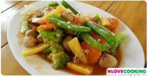 ผัดผัก ผัดผักรวมมิตร เมนูผัด อาหารไทย