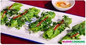 สลัดผักหมูย่าง เมนูหมู อาหารไทย อาหารสุขภาพ