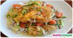 ยำไข่ดาว วิธีทำยำไข่ดาว อาหารไทย เมนูอาหาร