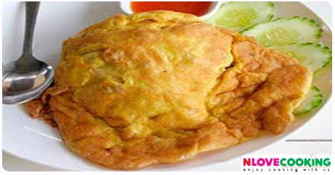 ไข่เจียวหมูสับหน่อไม้ อาหารไทย เมนูทอด เมนูไข่