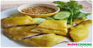 ไก่ต้มน้ำปลา อาหารไทย เมนูไก่